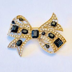 Vintage gold tone  black rhinestone bow brooch